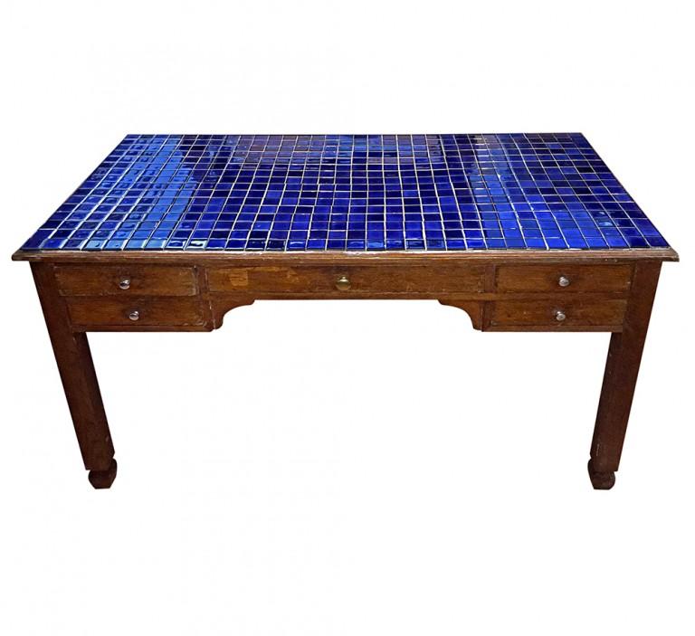 mesa cocina azul