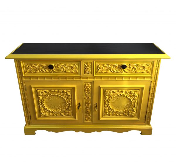 mueble aparador amarillo