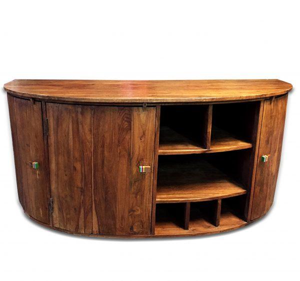 mueble recuperado curvo